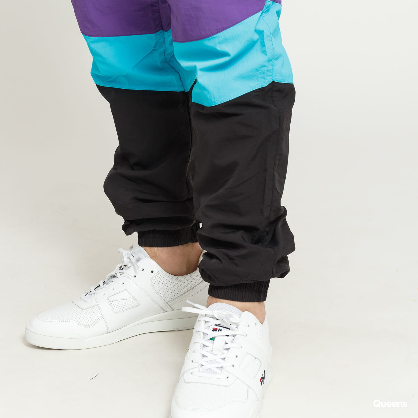 Urban Classics 3-Tone Crinkle Track Pants schwarz / lila / blau