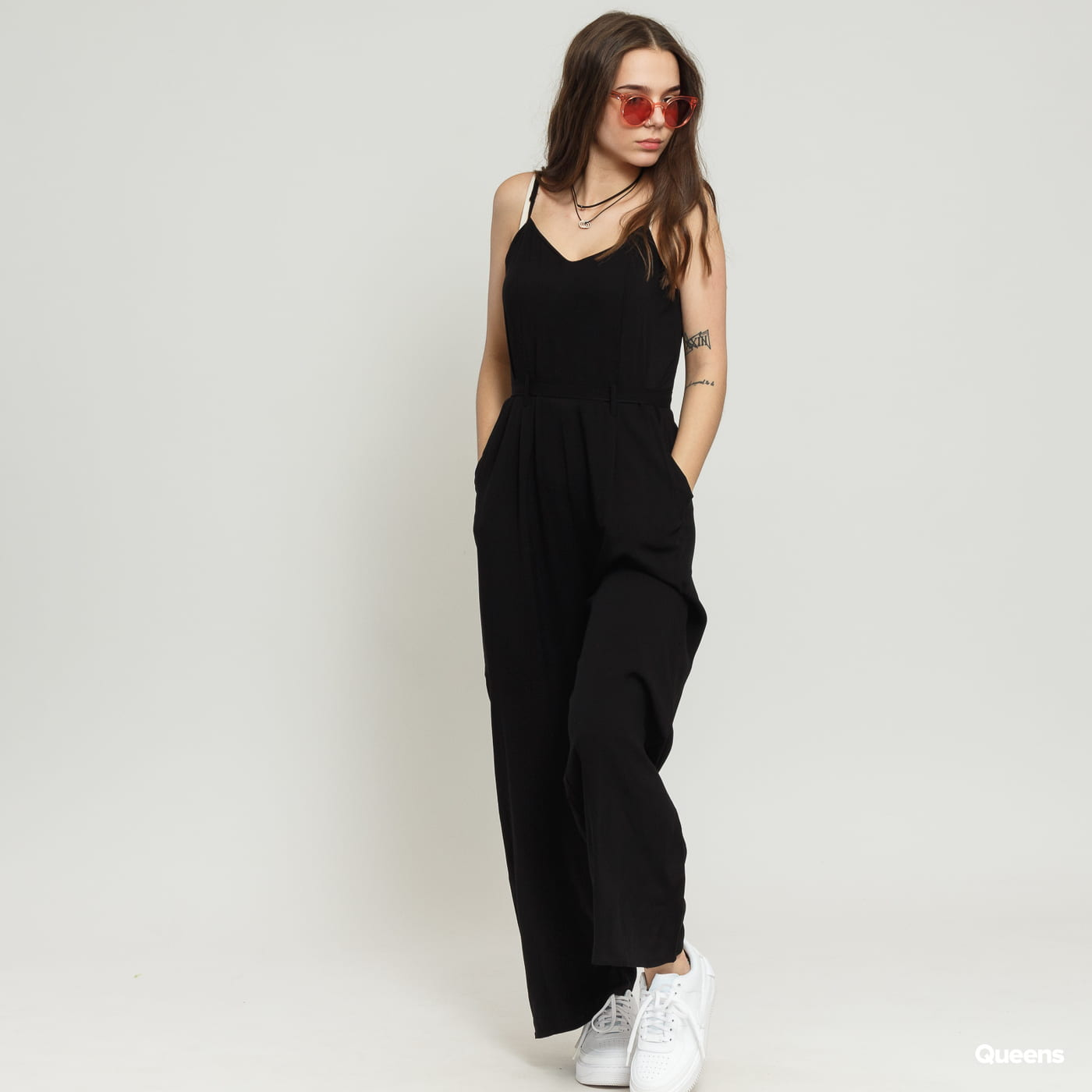 Urban Classics Ladies Spaghetti Jumpsuit schwarz