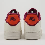 Nike WMNS Air Force 1 '07 SE sail / sail - team orange