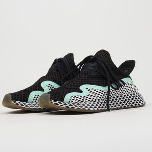 adidas Originals Deerupt with W