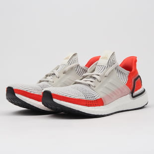 adidas Originals Ultraboost 19