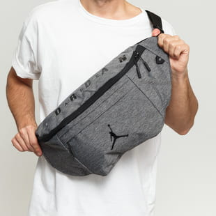 Jordan Oversized Air Jordan Crossbody