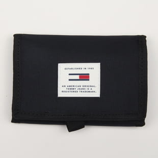 TOMMY JEANS Urban Tech Trifold Wallet
