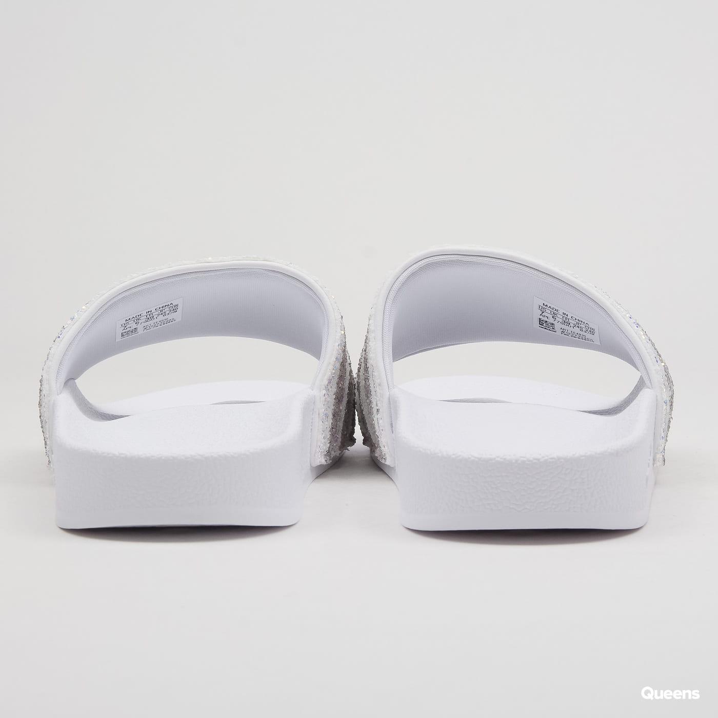 474b6b7921 Zväčšiť Zväčšiť Zväčšiť Zväčšiť Zväčšiť. adidas Originals Adilette W ftwwht    lgrani ...