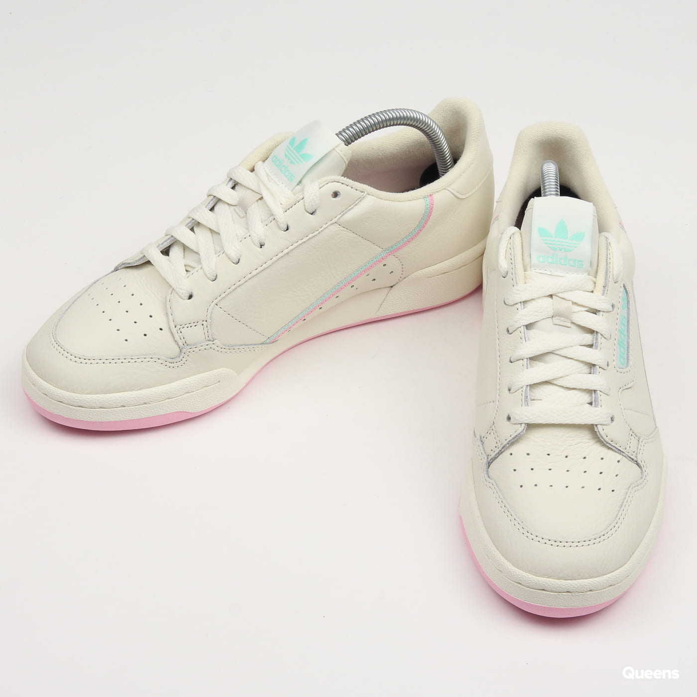quite nice 8a3d1 bea7a Zoom in Zoom in Zoom in Zoom in Zoom in Zoom in. adidas Originals Continental  80 ...