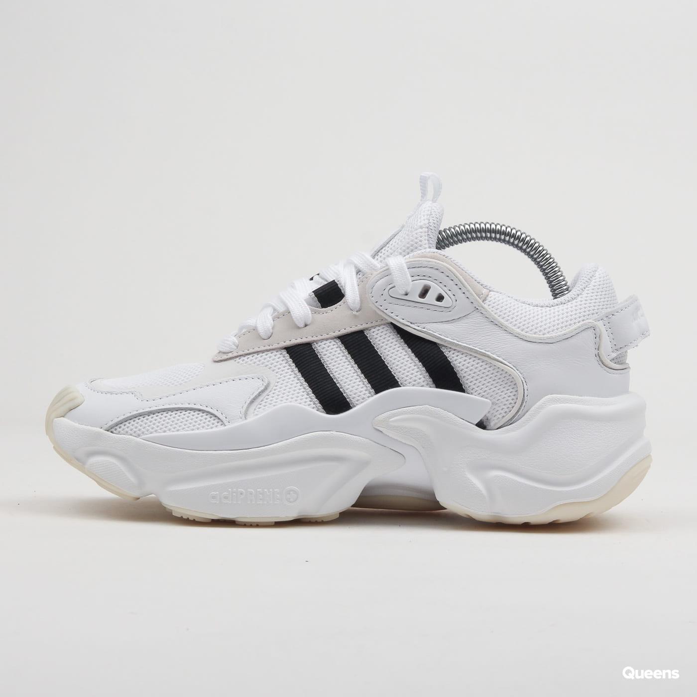 adidas Originals Magmur Runner W ftwwht / cblack / gretwo