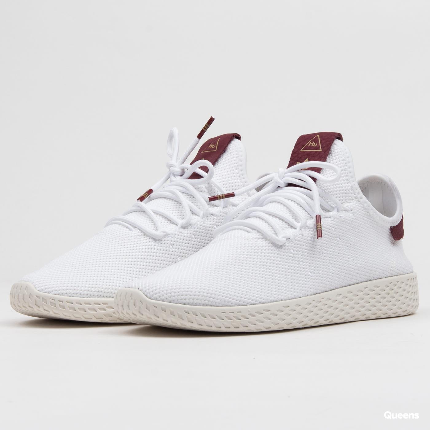 a7715f29fe adidas Originals Pharrell Williams Tennis HU W ftwwht / ftwwht / cburgu