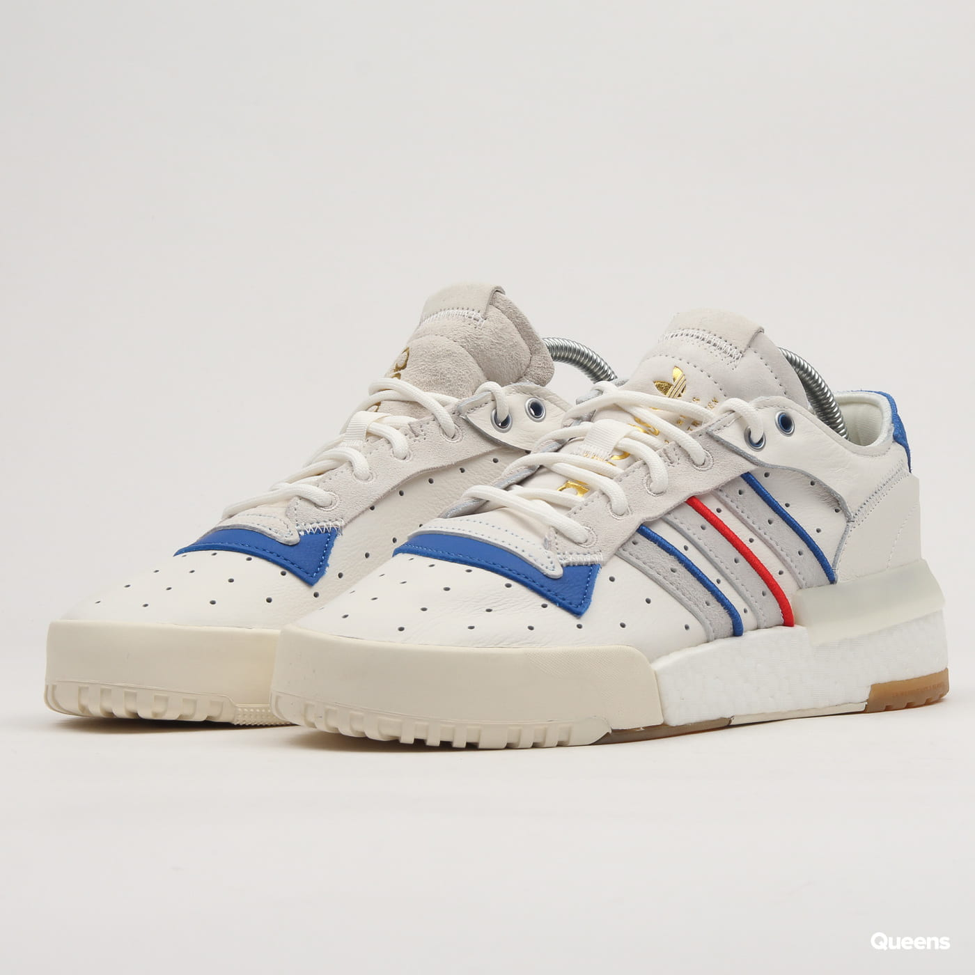 764f6f9c7514c Sneakers adidas Originals Rivalry RM Low clowhi / rawwht / crywht (EE4986)  – Queens 💚