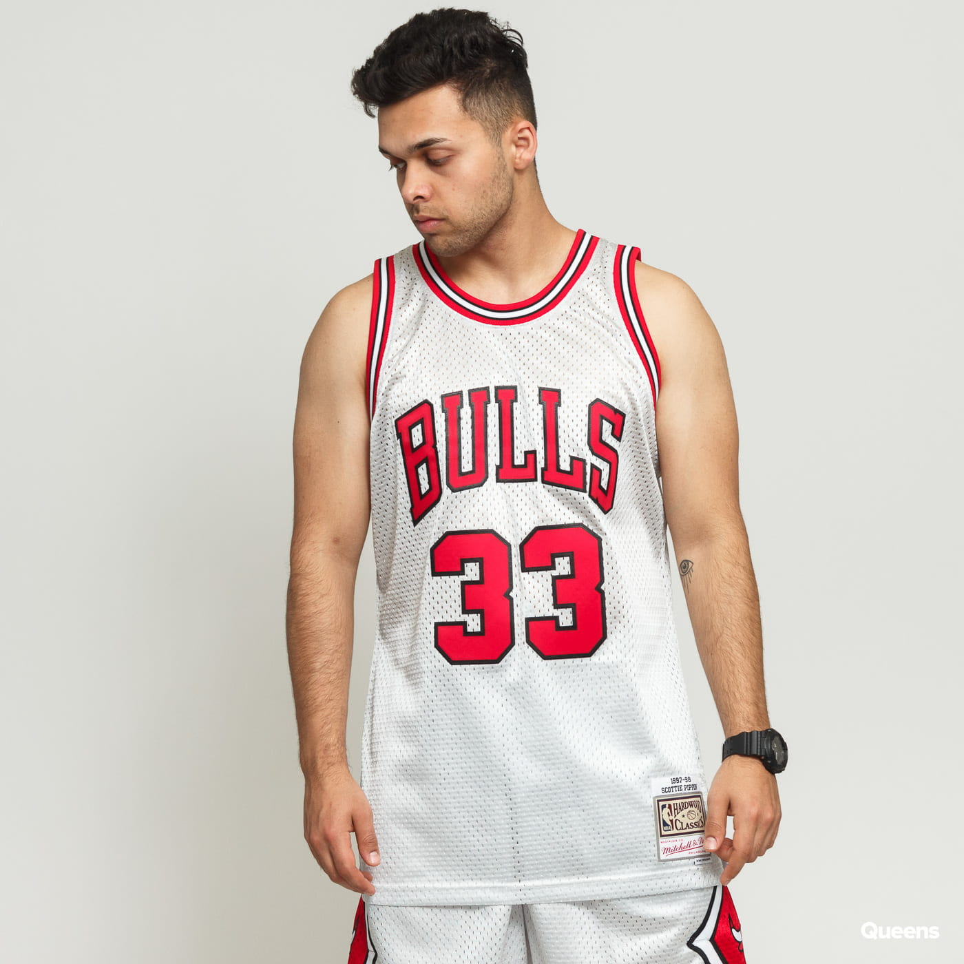 finest selection b4eb2 fd9c9 Mitchell & Ness NBA Swingman Jersey Chicago Bulls - Scottie Pippen #33  silver