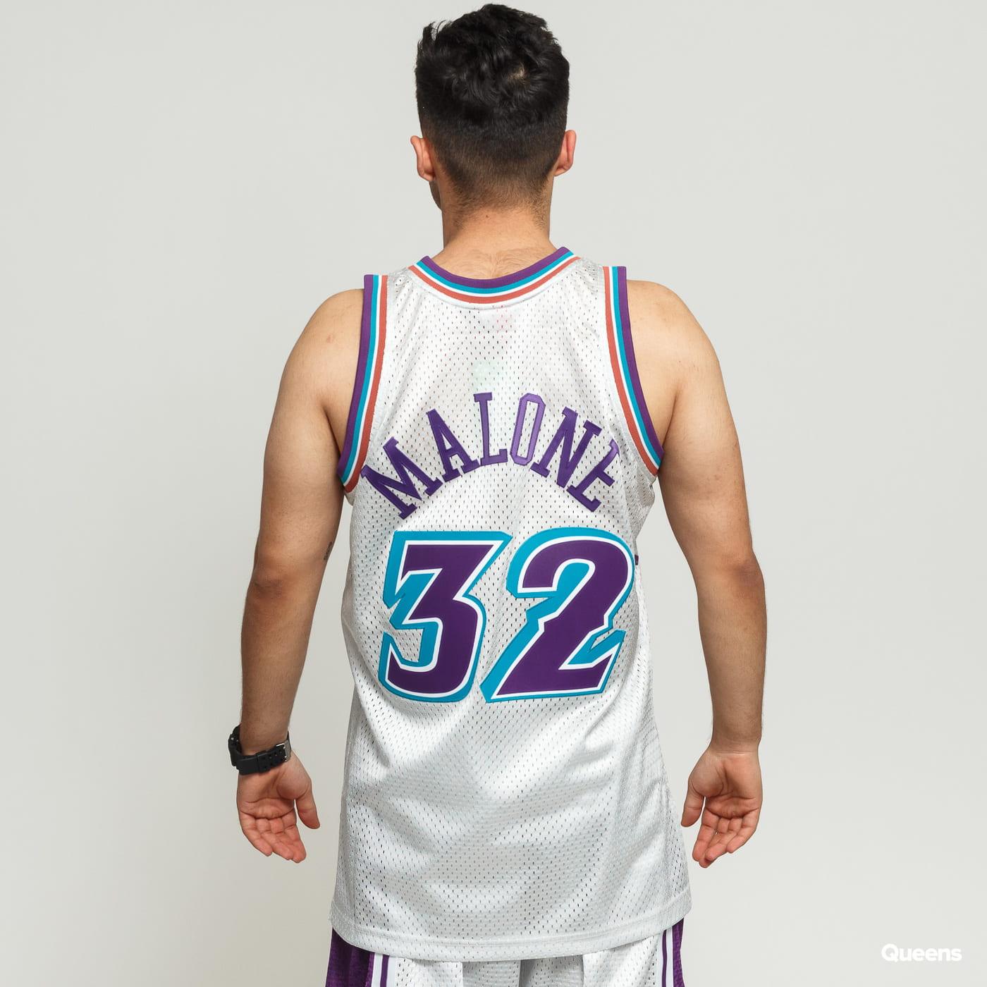 sports shoes 9dd58 7a673 Mitchell & Ness NBA Swingman Jersey Utah Jazz - Karl Malone #32 silver