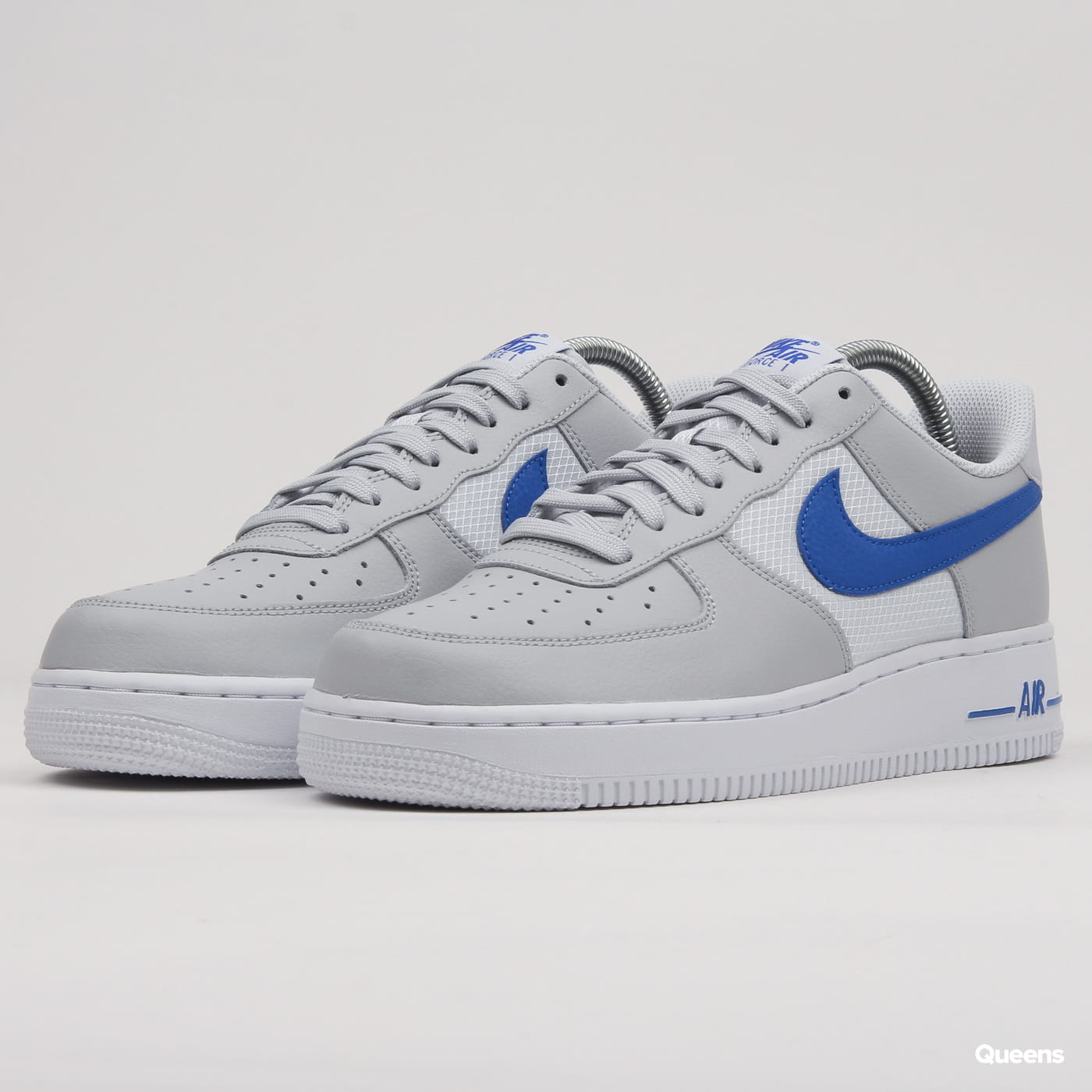 Nike Air Force 1 '07 LV8 pure platinum / racer blue
