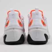 Nike WMNS Zoom 2K platinum tint / hyper crimson