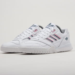 adidas Originals A.R. Trainer W