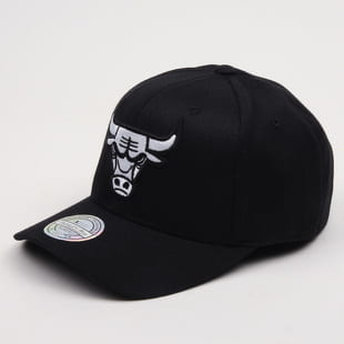 Mitchell & Ness Black & White Chicago Bulls