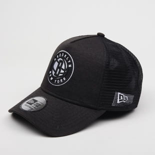 New Era 940 Shadow Tech Trucker NBA Brooklyn