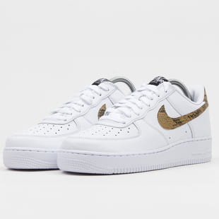 Nike Air Force 1 Low Retro Premium QS