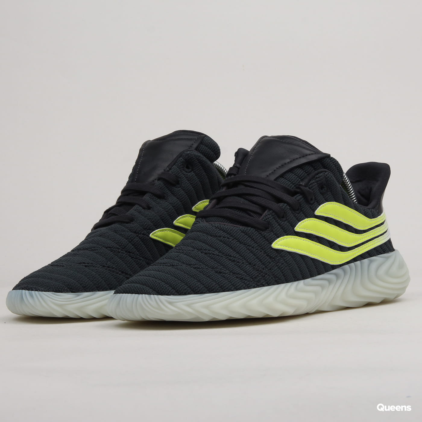 adidas Originals Sobakov carbon syellow blutin