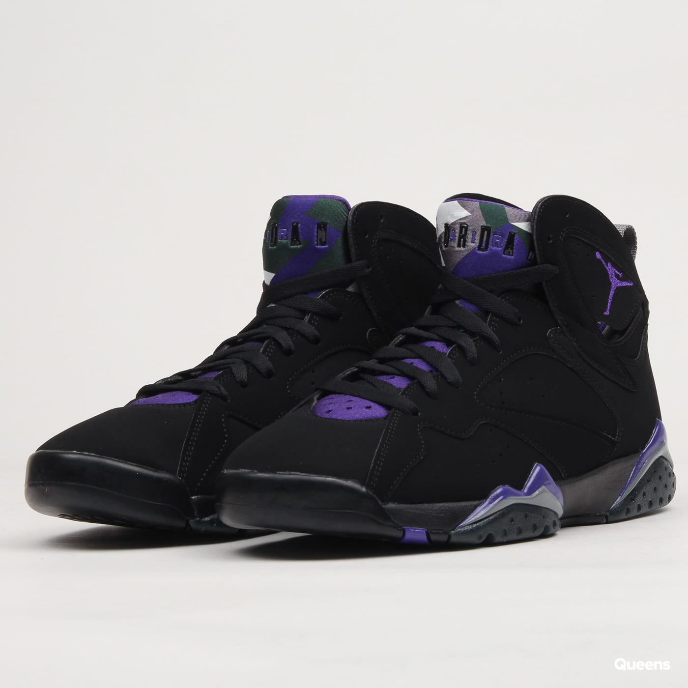 vente chaude en ligne 2cf07 7b92c Nike Air Jordan 7 Retro black / field purple - fir