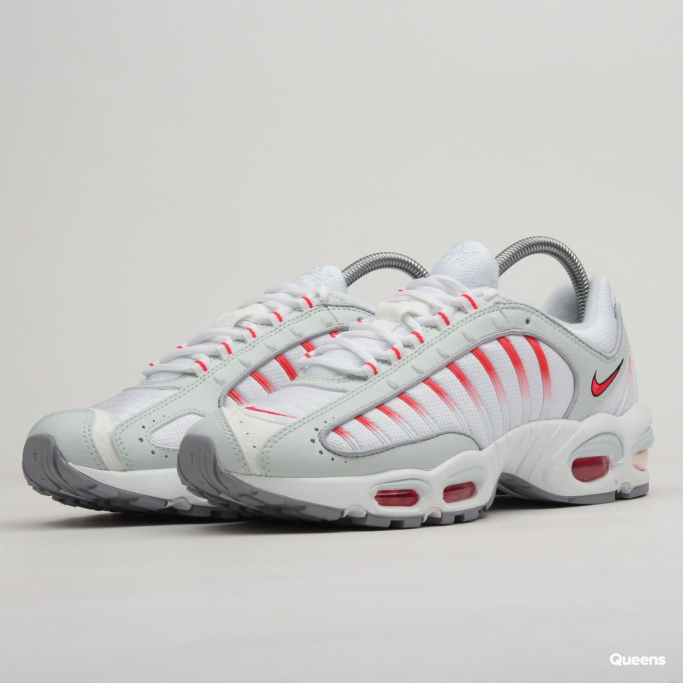 89b90b898c Sneakers Nike Air Max Tailwind IV ghost aqua / red orbit - wolf grey  (AQ2567-400) – Queens 💚