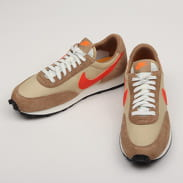Nike Dbreak SP vegas gold / college orange