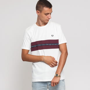 FRED PERRY Sports Tape Tee