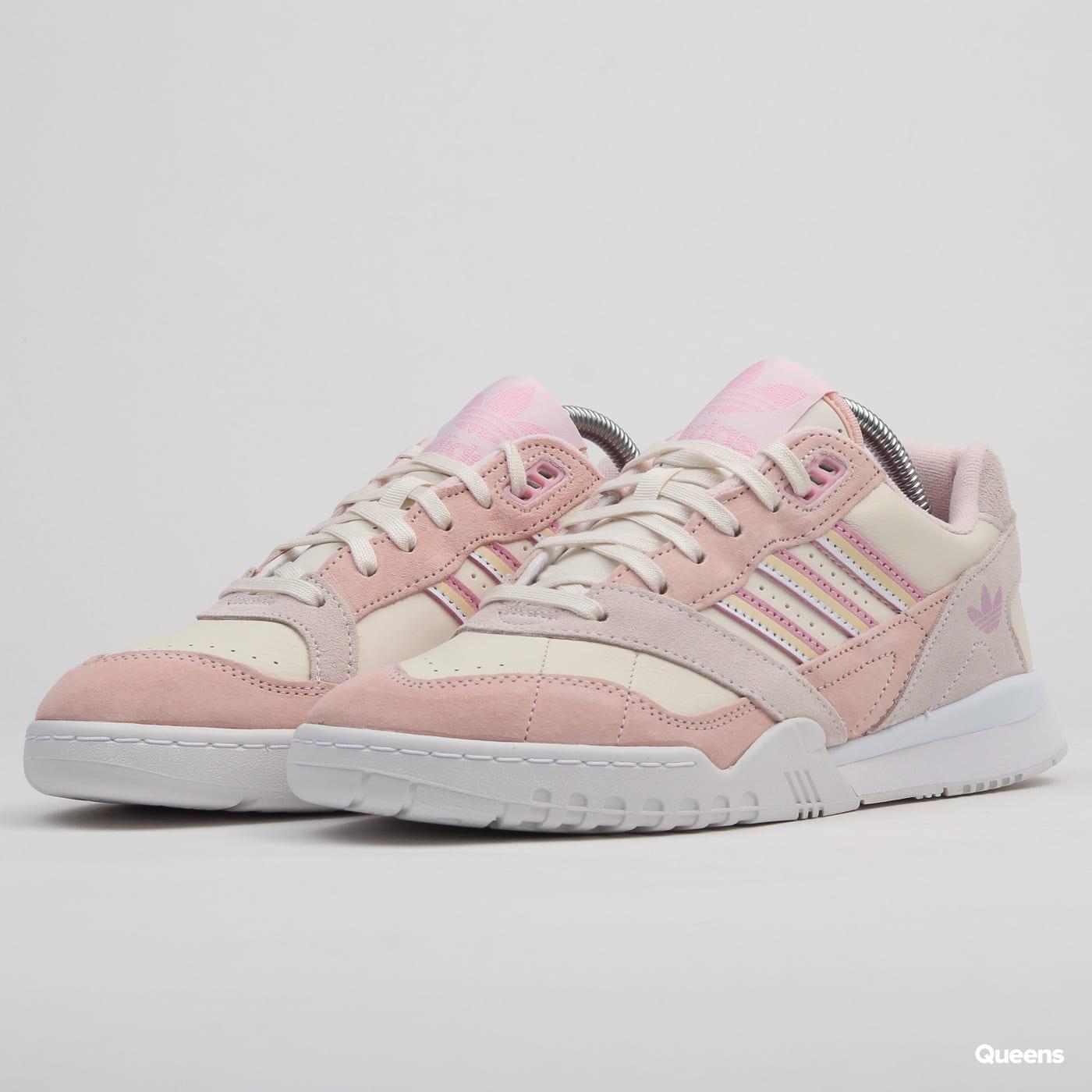 adidas Originals A.R. Trainer W cwhite