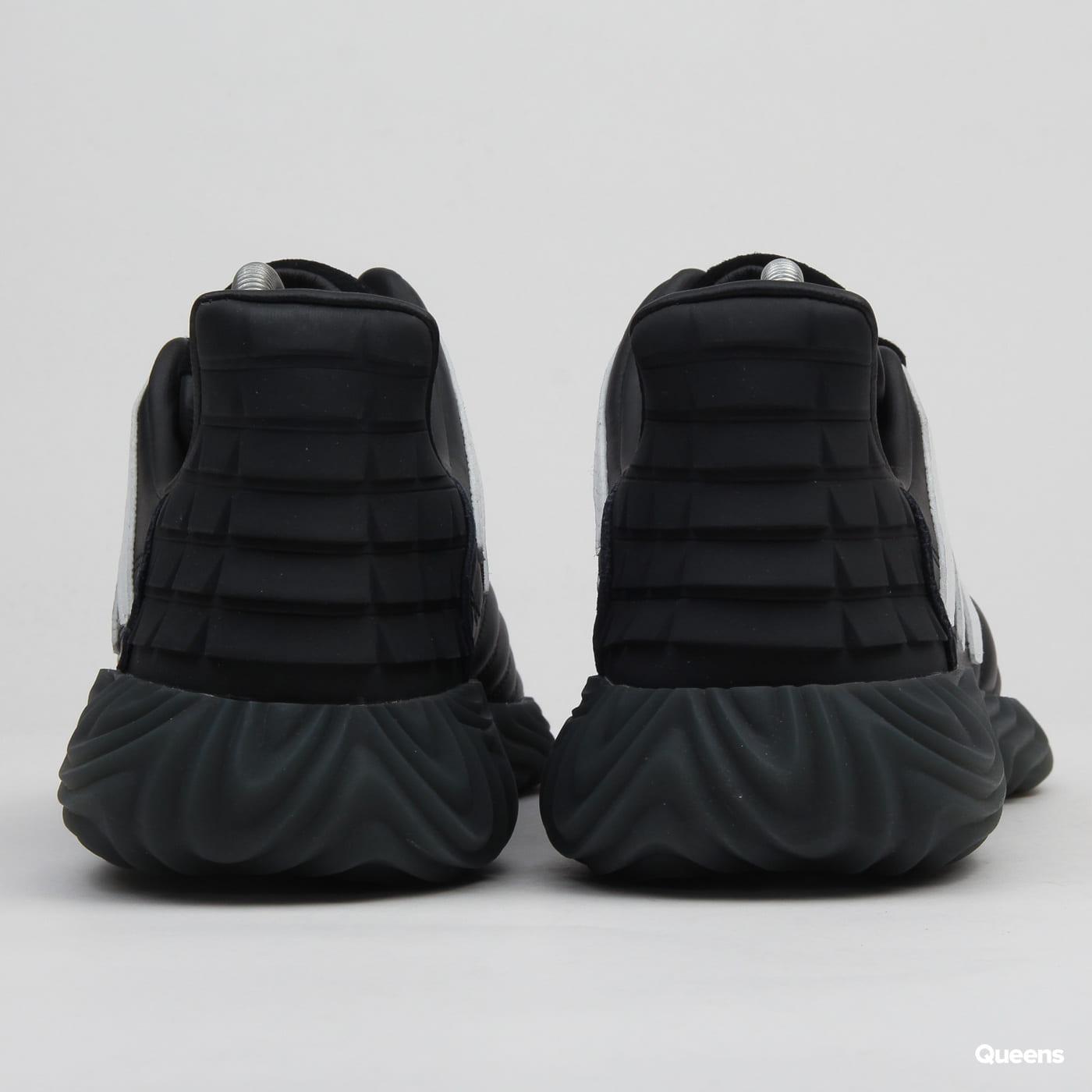 adidas Originals Sobakov cblack / ftwwht / solred