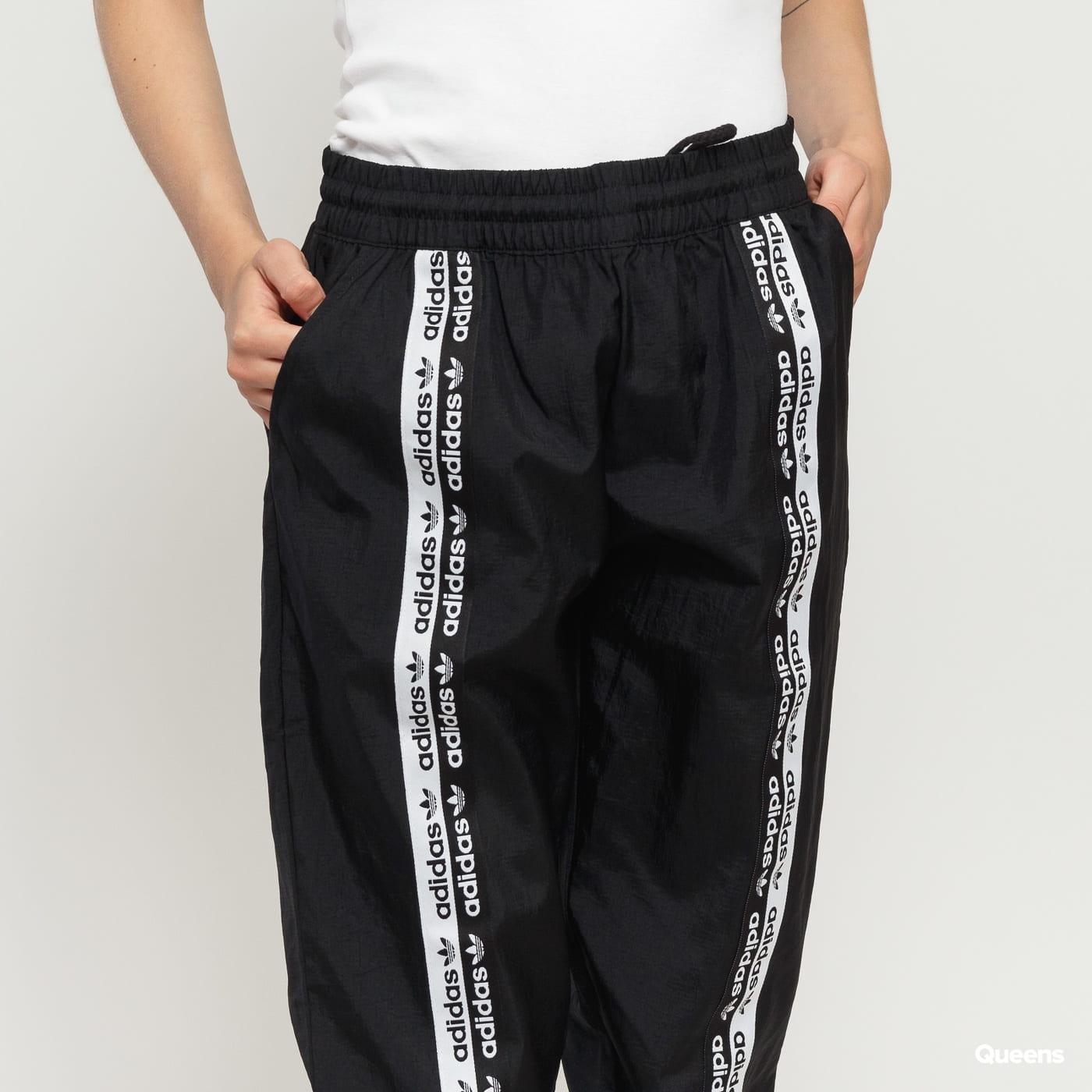 adidas runners shorts