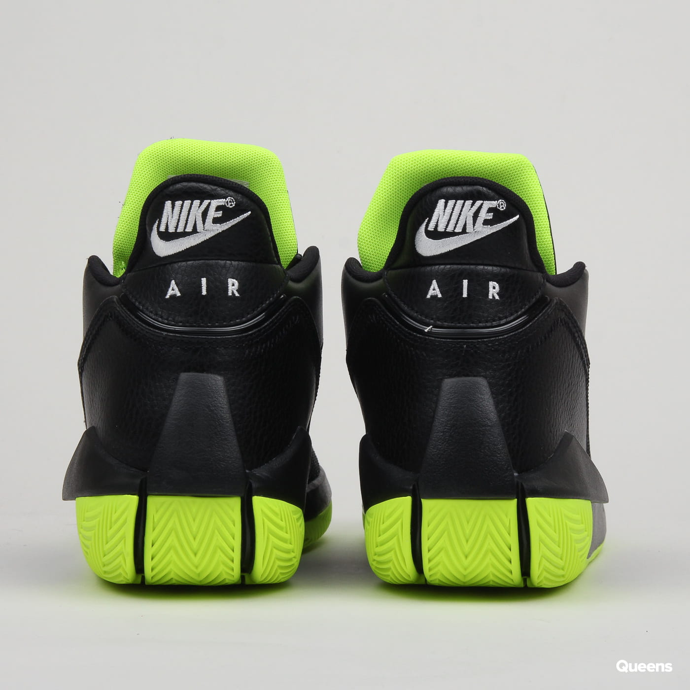 Jordan Jordan 2X3 black / white - volt