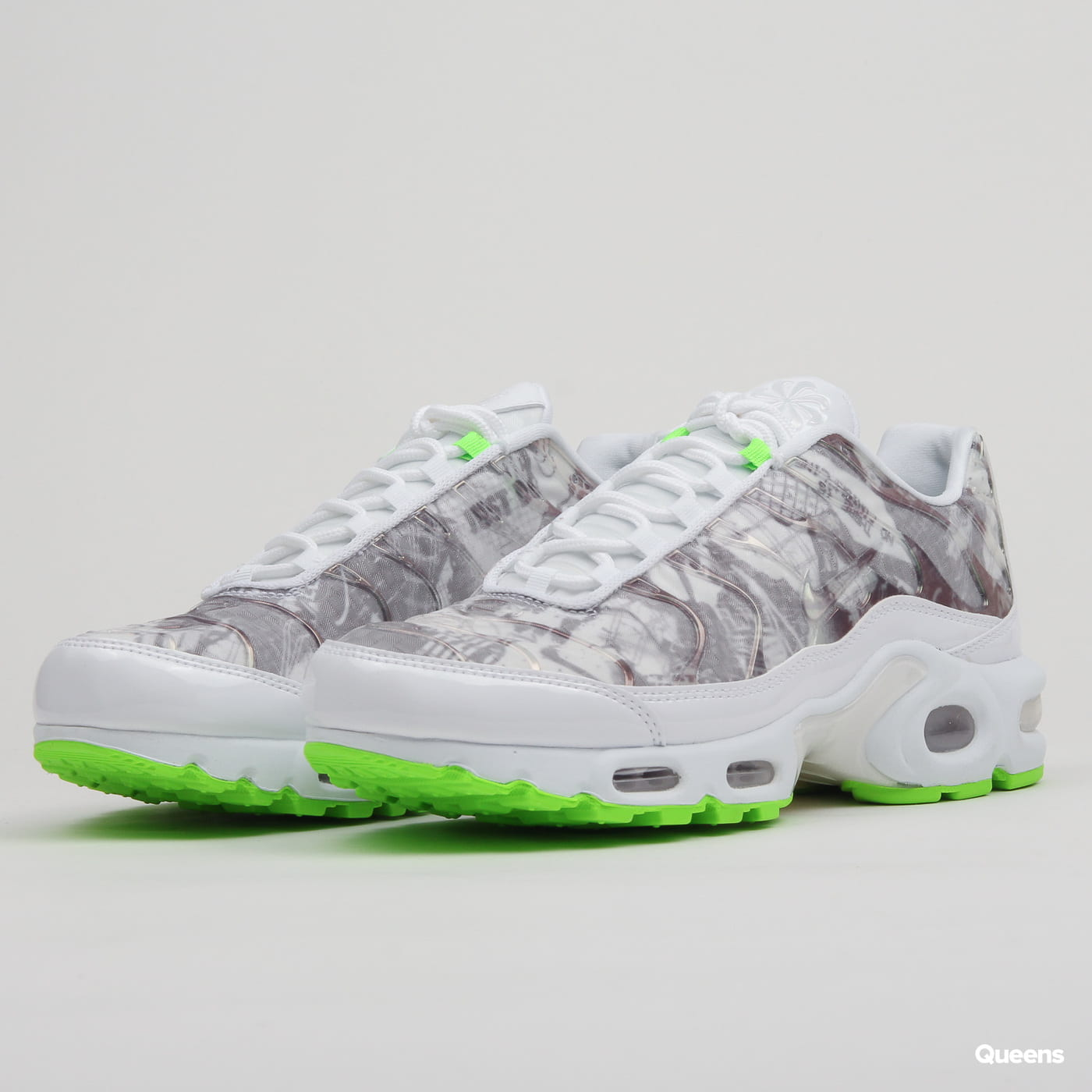new product fba75 4bb41 Nike W Air Max Plus LX white / white - black