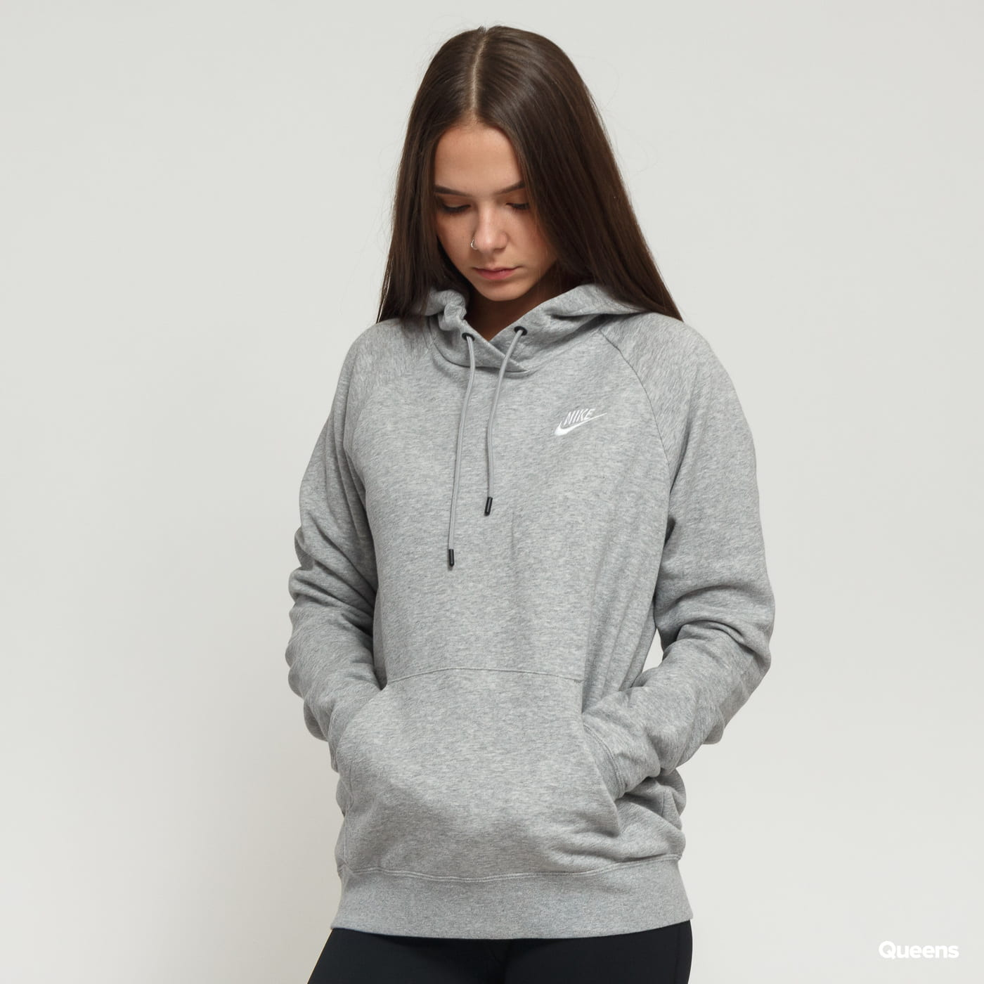Nike W NSW Essential Hoodie PO Fleece grey