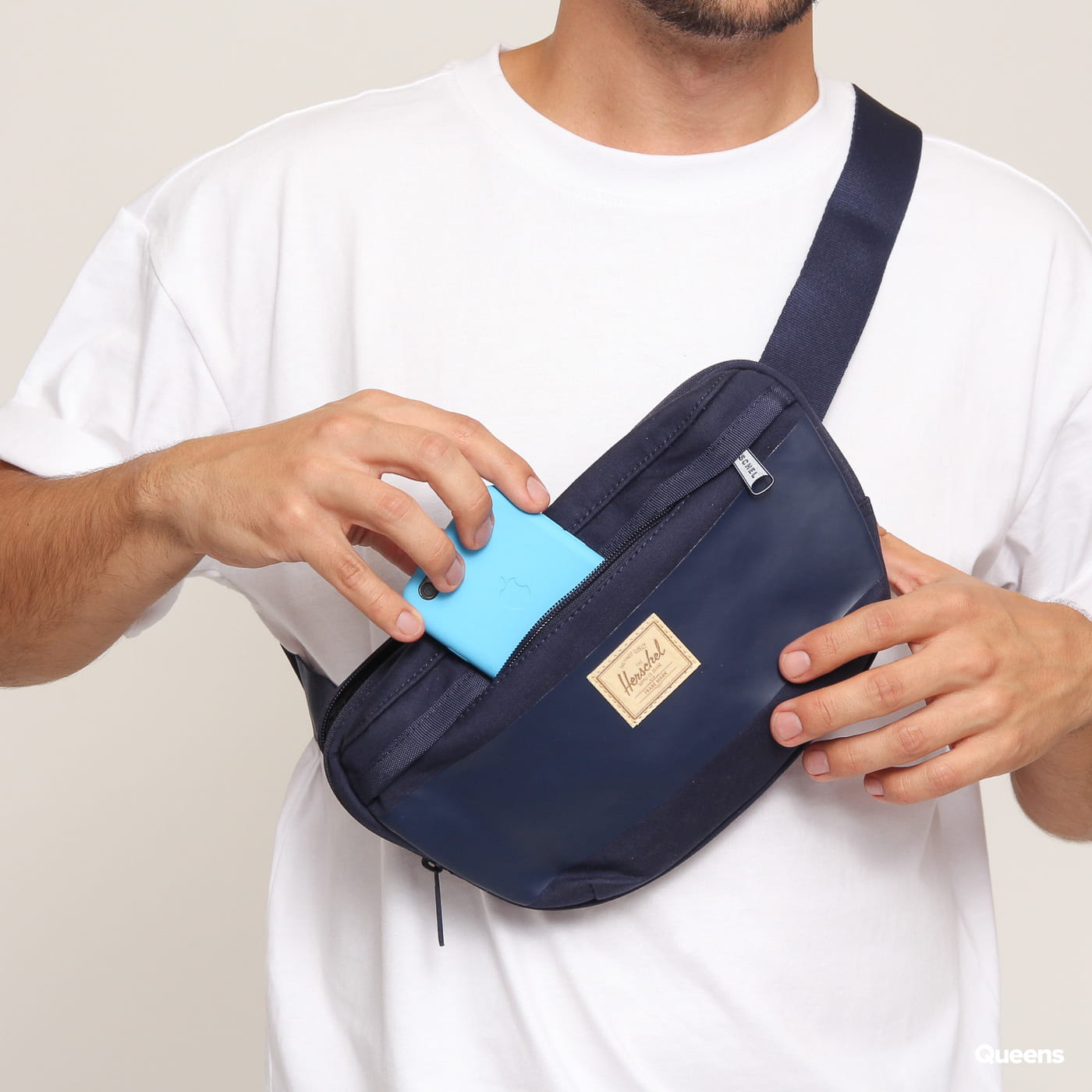 The Herschel Supply CO. Nineteen Hip Pack nava