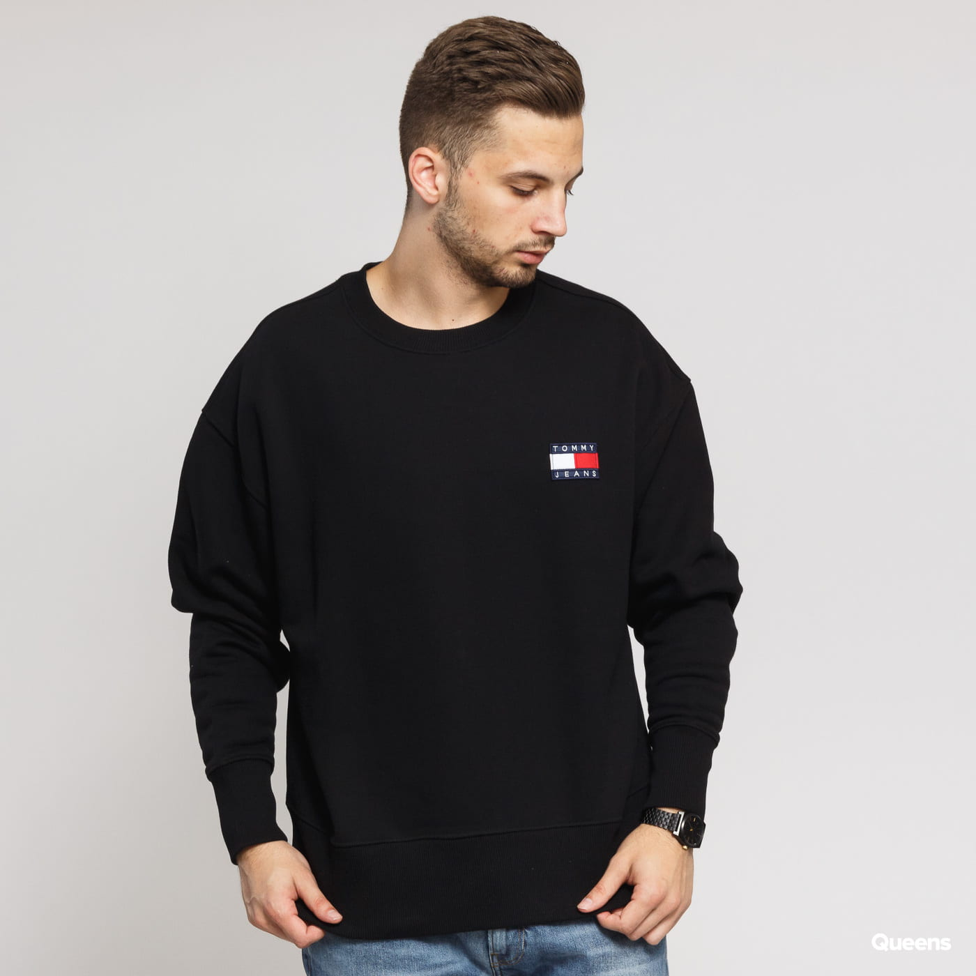 TOMMY JEANS M Tommy Badge Crew black