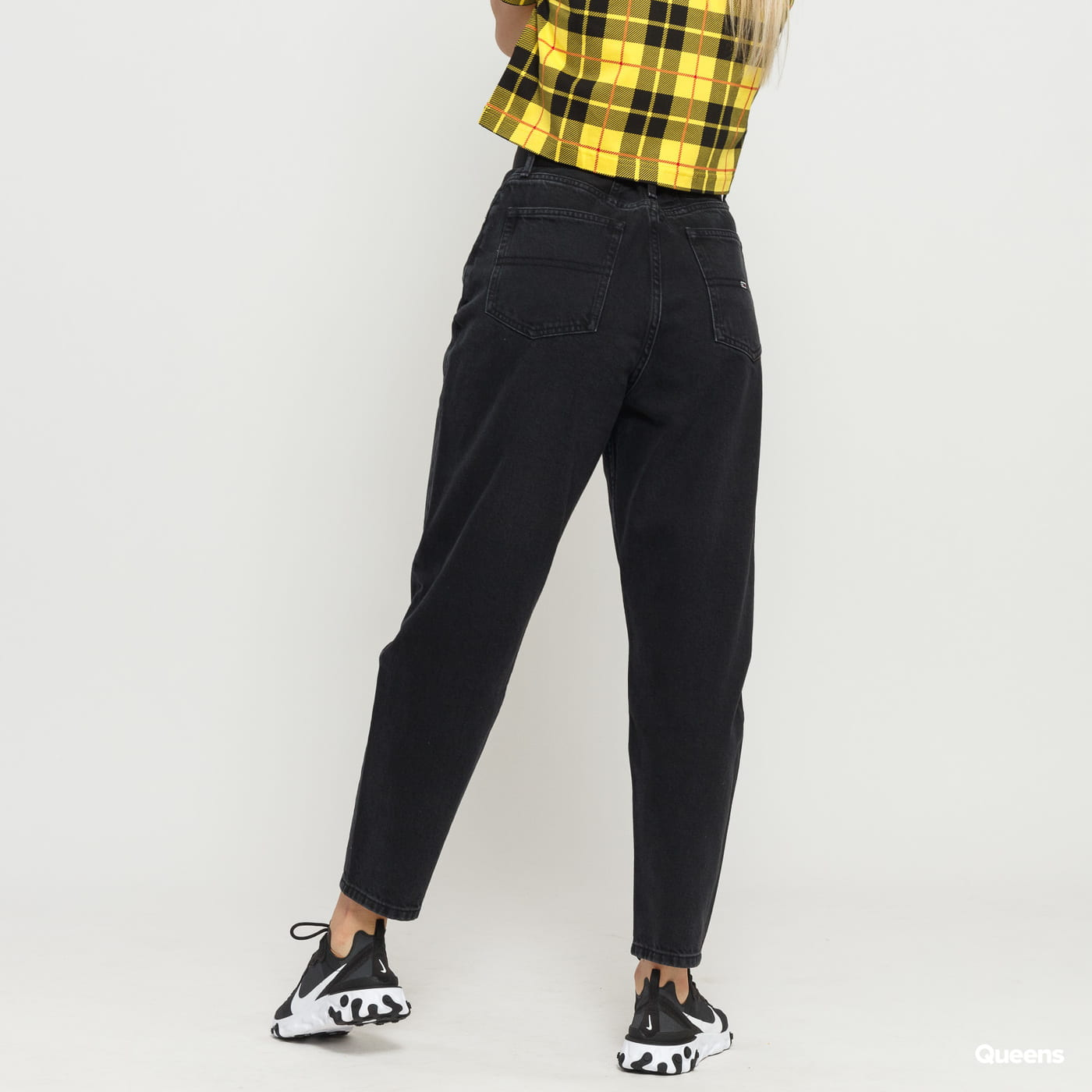 TOMMY JEANS W High Rise Tapered tj save bk rig