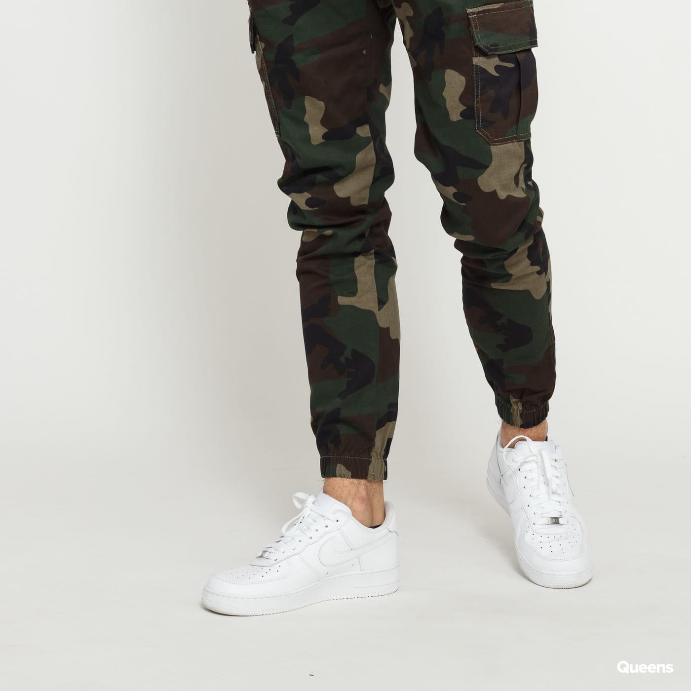 Urban Classics Camo Cargo Jogging Pants 2.0 camo green