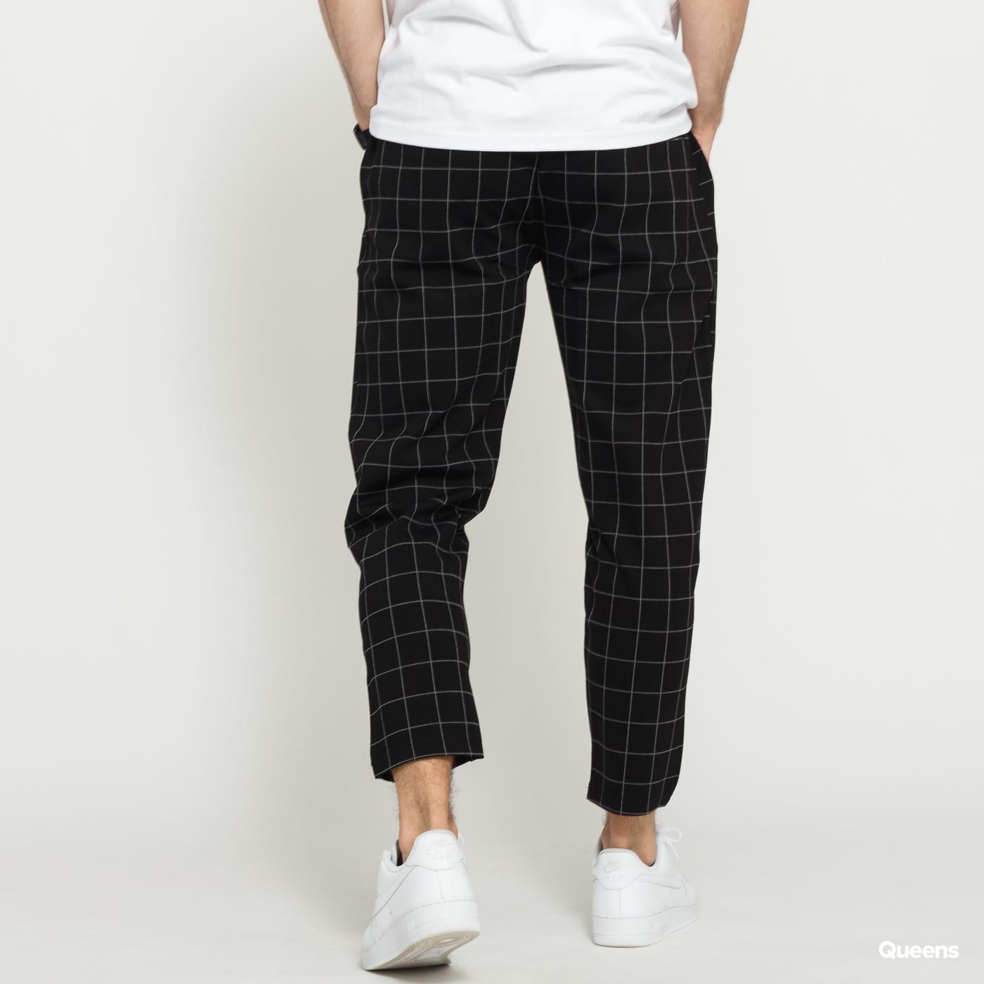 Urban Classics Formula Cropped Check Pants black / white