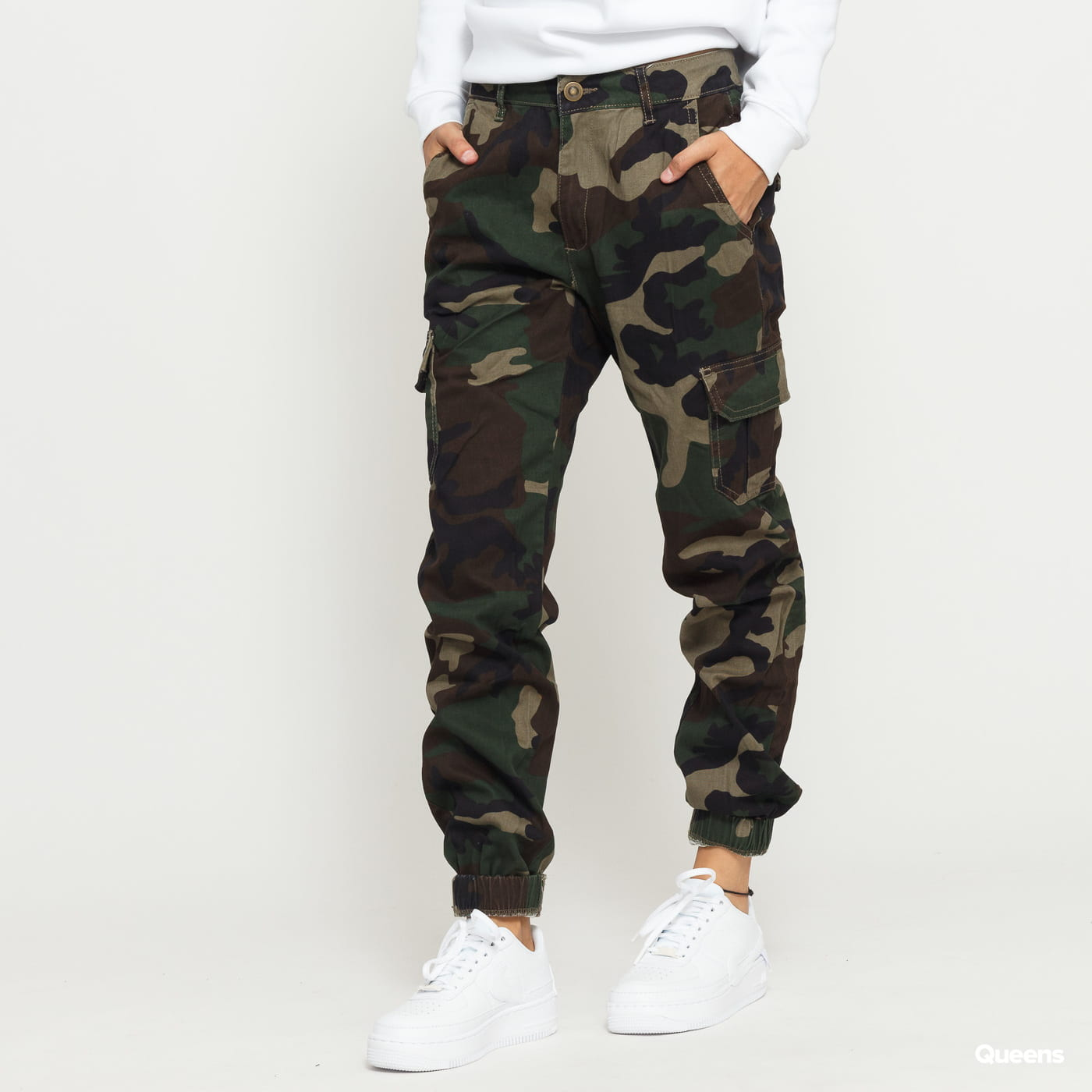 Urban Classics Ladies High Waist Camo Cargo Pants camo green