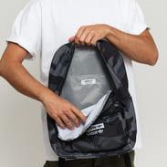 adidas Originals Camo Classic Backpack camo černý / tmavě šedý