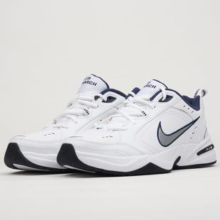 f15162b1d3eec Pánské boty Nike – Queens 💚