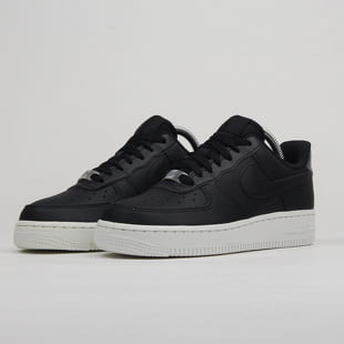 d72a95064 Nike WMNS Air Force 1 '07 Essential