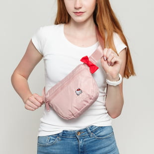 The Herschel Supply CO. Fifteen Hello Kitty Hip Pack