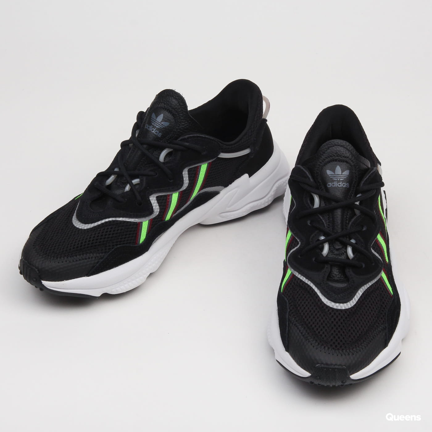 adidas Originals Ozweego cblack / sgreen / onix