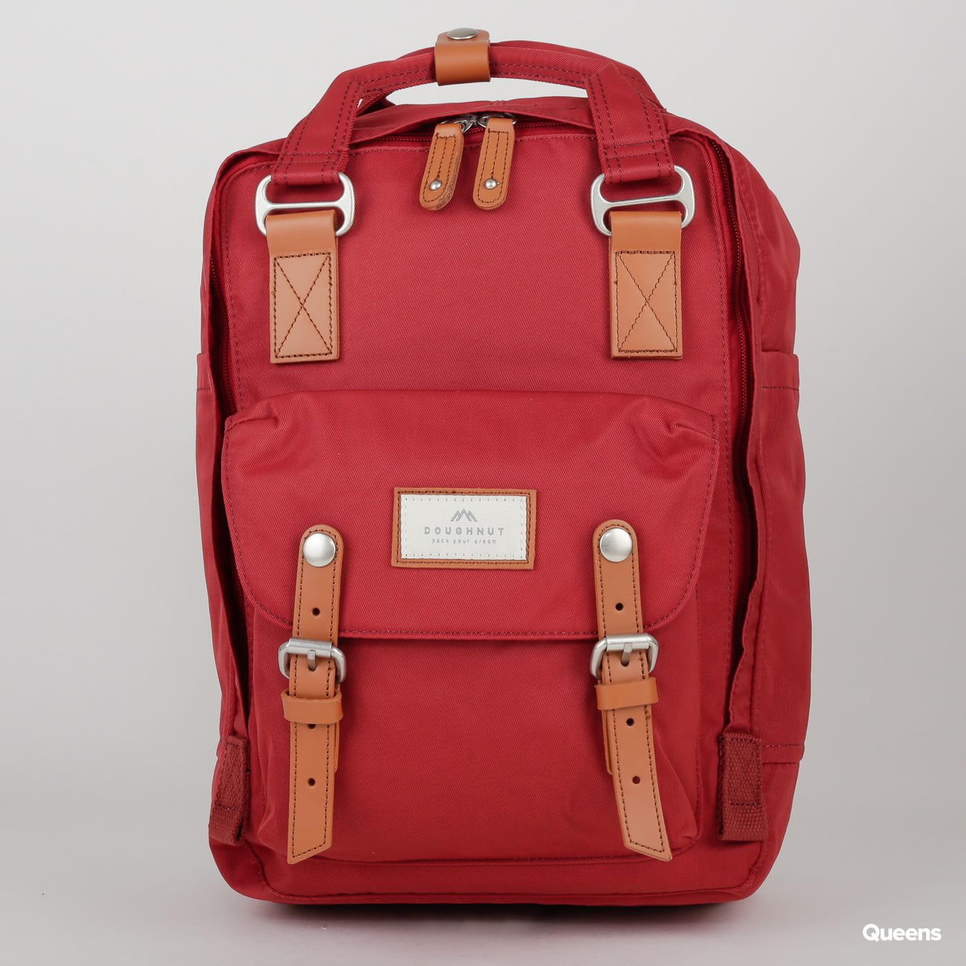 Doughnut Macaroon Backpack weinrot