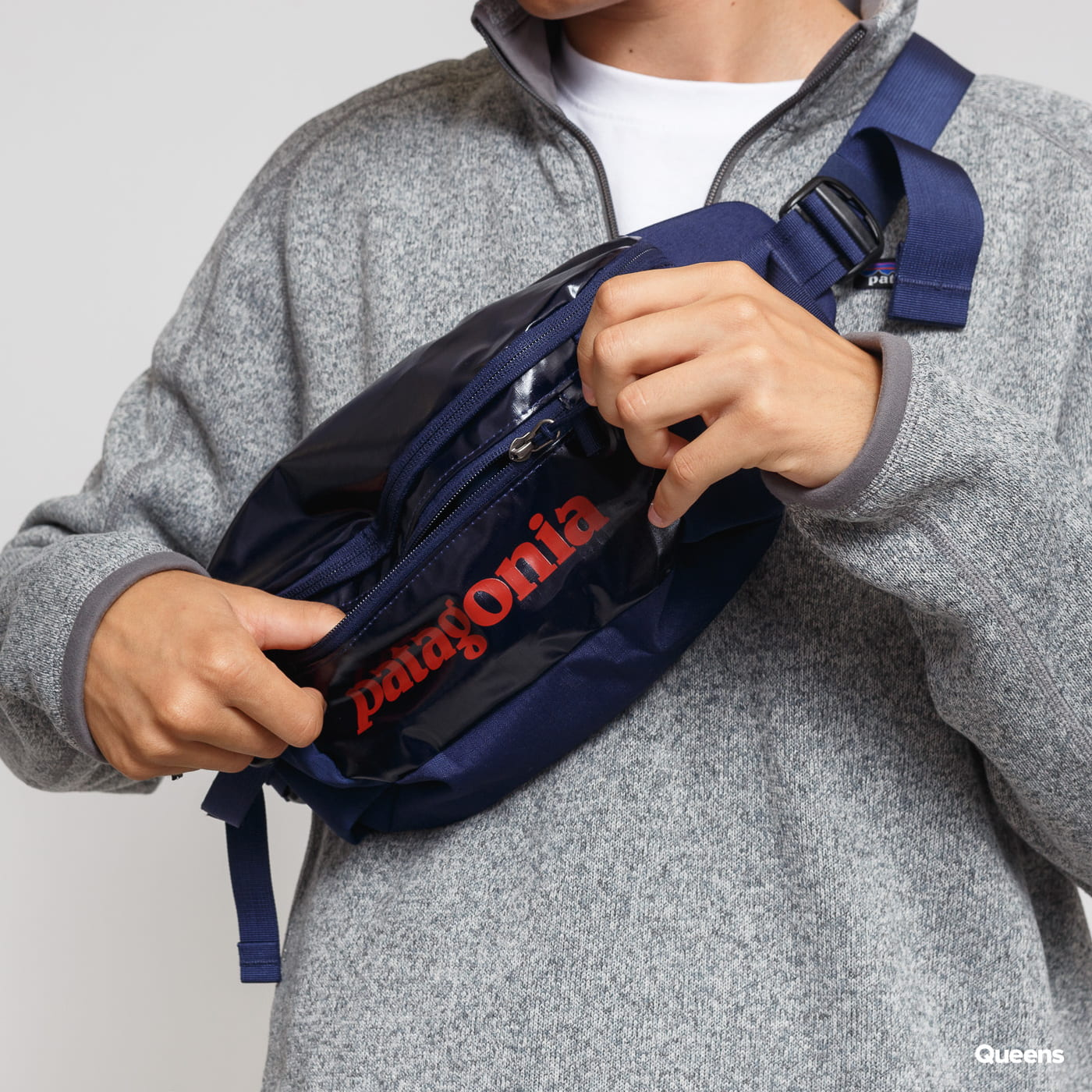 Patagonia Black Hole Waist Pack 5L navy / rot