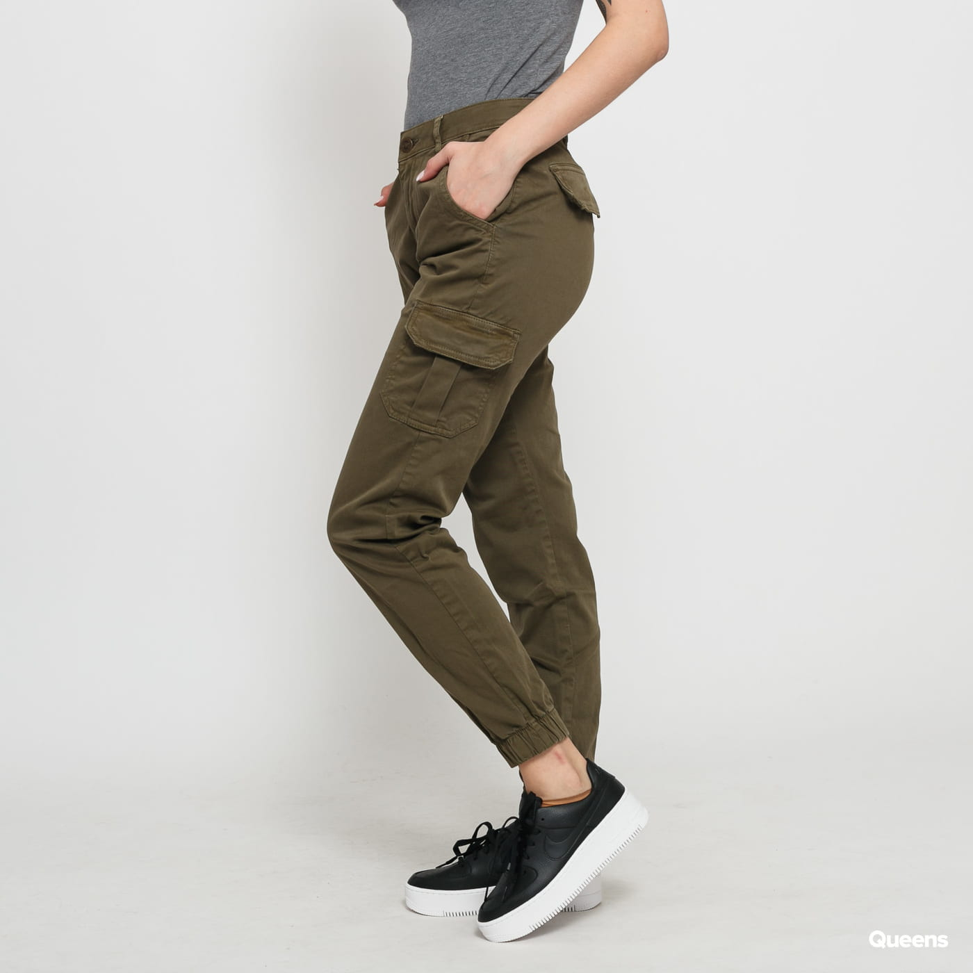 Urban Classics Ladies High Waist Cargo Pants olive