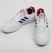 adidas Originals A.R. Trainer ftwwht / cbirgu / croyal