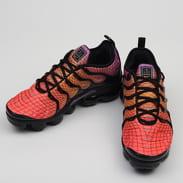 Nike Air Vapormax Plus bright crimson / reflect silver