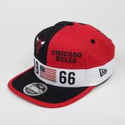 New Era 950 NBA Colour Block LG Bulls červená / černá / bílá