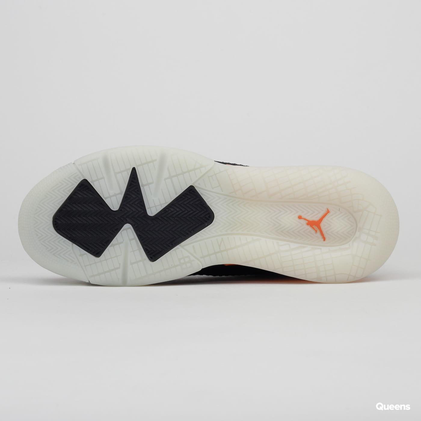 Jordan Mars 270 black / reflect silver - starfish