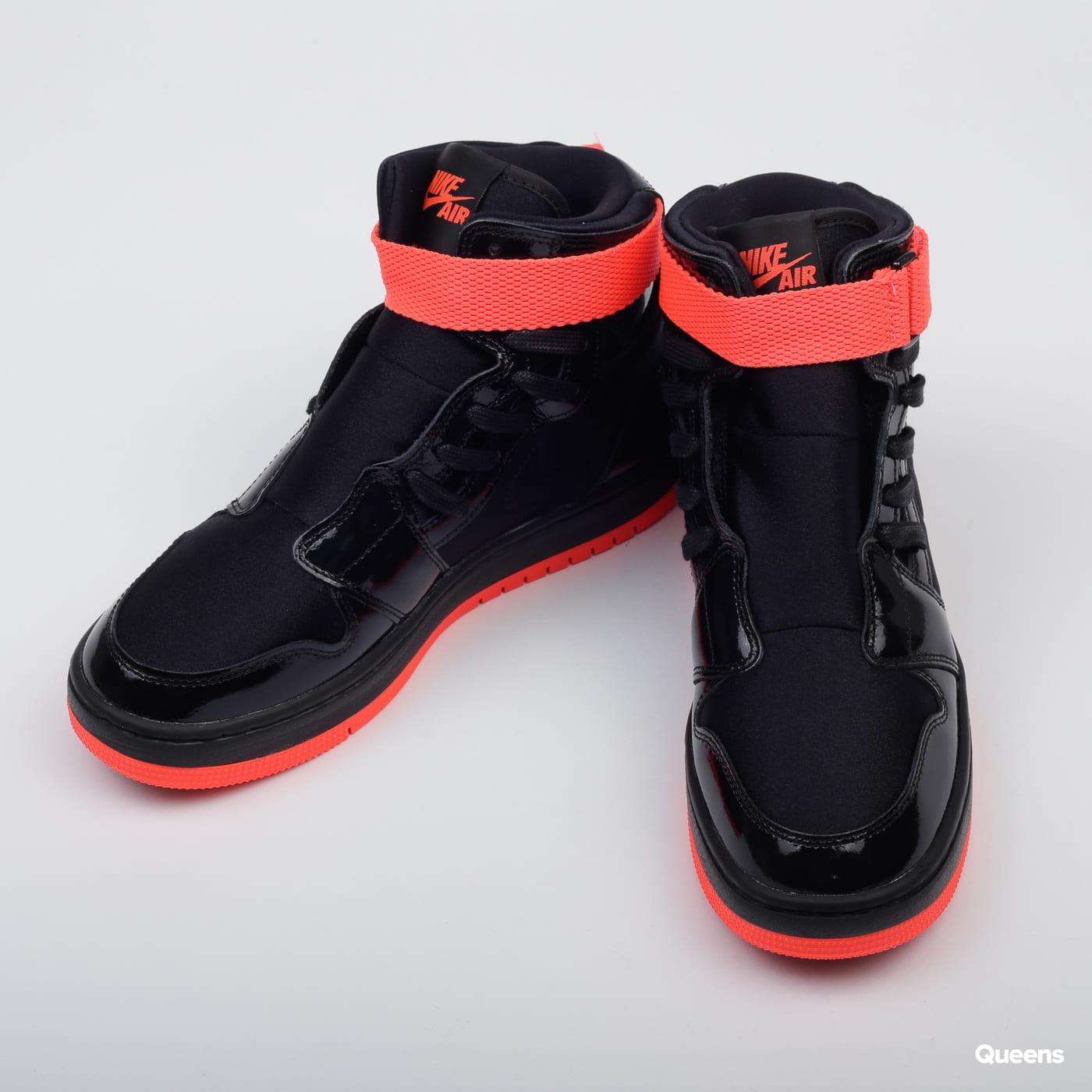 Jordan WMNS Air Jordan 1 Nova XX black / bright crimson